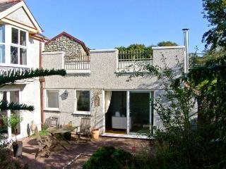 THE ANNEXE, pet friendly, with a garden in Dyffryn Ardudwy, Ref 10636 - Dyffryn Ardudwy vacation rentals