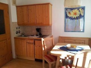 Vacation Apartment in Schönau am Königssee - 474 sqft, quiet, comfortable (# 2187) - Schoenau am Koenigssee vacation rentals