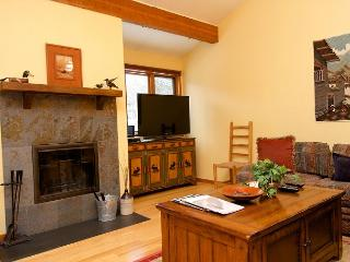Peace of the mountains, mere minutes from town and ski hill - Wilson vacation rentals