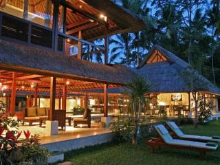 Villa Pantulan, 5 bedrooms Luxury Villa - Ubud vacation rentals