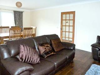 BRAEWOOD, country holiday cottage, with a garden in Whitebridge, Ref 8047 - Whitebridge vacation rentals