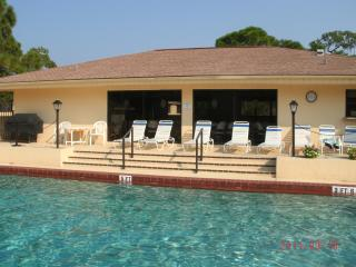 CONDO-2 bdrm w/garage close to Englewood beach, FL - Englewood vacation rentals