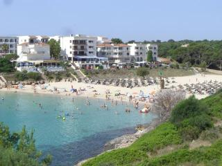 Romantic 1 bedroom Porto Colom Condo with A/C - Porto Colom vacation rentals