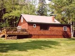 Meadowood Cabin, Rangeley Relaxation at it's Best! - Oquossoc vacation rentals
