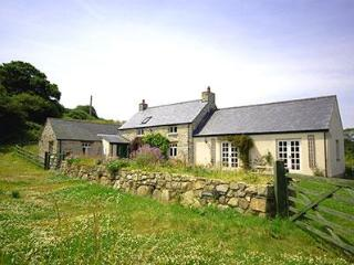 Idilic holiday home, Church Cottage, pembrokeshrie - Llandissilio vacation rentals
