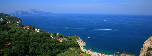 Sorrento Coast Apartment with Great Views - Casa Daisy - Image 1 - Massa Lubrense - rentals