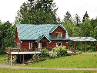Dislodge and spa at Mt. Baker. A perfect home base - Glacier vacation rentals