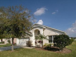 Nice Villa with A/C and Shared Outdoor Pool - Davenport vacation rentals