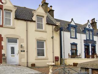 HARBOUR VIEW , pet friendly, with a garden in Findochty, Ref 6860 - Aberdeenshire vacation rentals