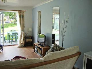 150 ATLANTIC REACH, family friendly, country holiday cottage, with pool in Atlantic Reach, Ref 6335 - Cornwall vacation rentals