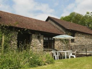 Romantic Cottage with Television and Washing Machine - Camelford vacation rentals