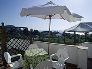 Appartamento Papavero - Ischia vacation rentals