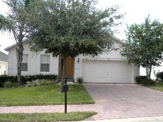 Disney Vacation Villa.4 Beds,Pool,Jacuzzi,Games Rm - Davenport vacation rentals