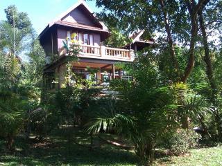 3 bed A/C BBQ TV Wifi pool kitchen Thai villa - Koh Mak vacation rentals