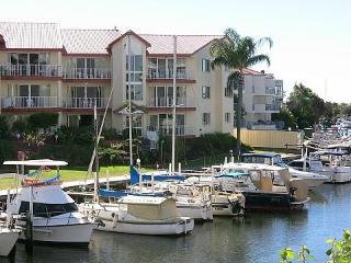 Spacious Seaside Apartment with Great Water Views - Runaway Bay vacation rentals