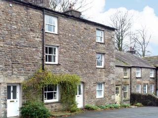 SETTLEBECK COTTAGE, family friendly, character holiday cottage in Sedbergh, Ref 11220 - Sedbergh vacation rentals