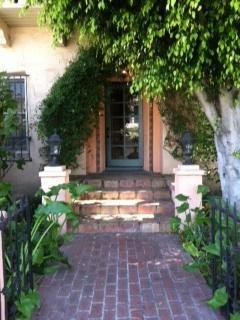 West Hollywood outside - HighEnd West Hollywood Melrose Place French Charm - West Hollywood - rentals