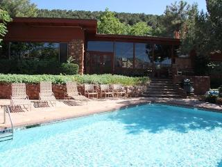 SaddleRock Ranch B&B Sedona Hiking Hot Tub Pool Views Best Location - Sedona vacation rentals