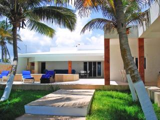 Casa Daniel's - Chicxulub vacation rentals