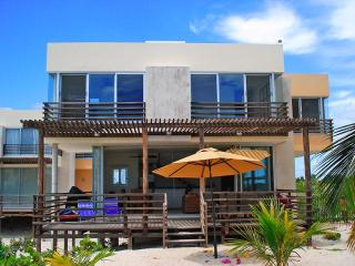 Perfect House with Television and DVD Player - Telchac Puerto vacation rentals