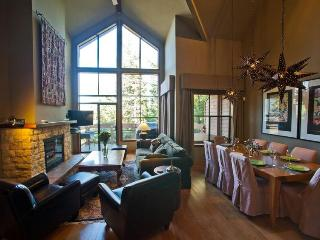 Whistler Village Luxury Condo Ski In Walk Out Private Hot Tub 4 Bedroom - Whistler vacation rentals