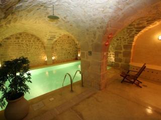 Maison d'Anne - Paris Historic BnB - Paris vacation rentals