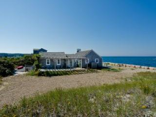 COTTAGE ON THE BEACH AT HERRING CREEK - VH JTON-655 - Woods Hole vacation rentals
