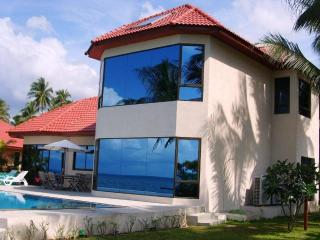 3-bedroom beachfront villa in BaanTai - Koh Phangan vacation rentals