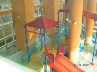 SPLASH *3 king beds, twin bunks*Beach Service*WIFI - Panama City Beach vacation rentals