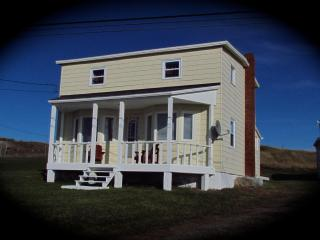 Home From Away - 3 bdrm house  beautiful sea views - Newfoundland and Labrador vacation rentals