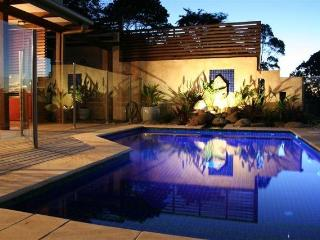 BlueGreen House and Studio - perfect Byron getaway - Byron Bay vacation rentals