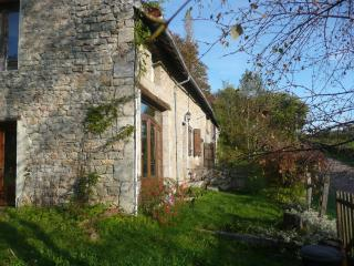 Charming Old Stone Farmhouse in Parc Morvan - Lormes vacation rentals