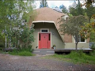 The Philo Dome - Philo vacation rentals