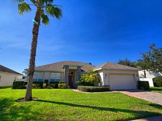 CHARLESTON MANOR: 4 Bedroom Home in Gated Community - Davenport vacation rentals