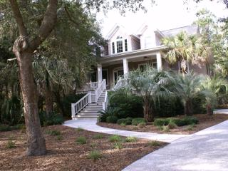 Beautiful 4 bedrm/4 bath Private Home, Heated Pool - Kiawah Island vacation rentals