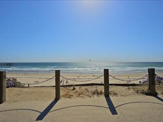 #312 - OCEANFRONT W/Pool Access! Nice ocean views! - Mission Beach vacation rentals
