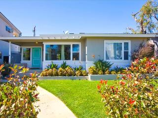 #1012 - IDEAL FAMILY HOME w/Tons of Toys! Steps to the Water! - Mission Beach vacation rentals