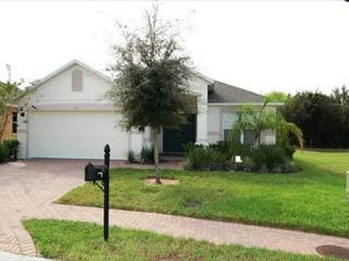 COUPE DEVILLE: 4 Bedroom Home with Extra Pool Area Privacy - Davenport vacation rentals