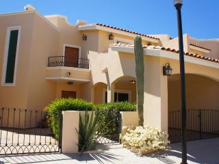 Elegant Quiet Secure New Home Close to the Beach - La Paz vacation rentals