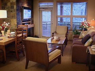 $179 Luxury Lake & Ski Resort (sleeps 4+) Save 50% - Lake Tahoe vacation rentals