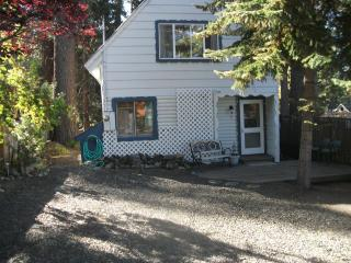 Zephyr Cove, Cave Rock area beach access cabin - Glenbrook vacation rentals