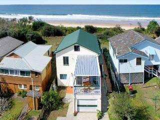 Annieseascape  Absolute Beachfront Holiday House - Wooli vacation rentals