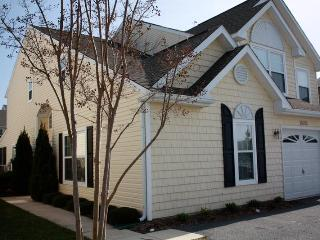 4 bedrooms+ loft, 3.5 baths; booked until Aug 27 - Rehoboth Beach vacation rentals