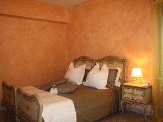 Casa Vacanze La Casa di Giulietta - Verona vacation rentals