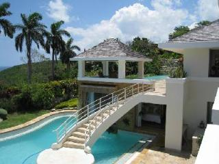 Ocean view Trinity Villa at Tryall- infinity pool, near beach- award-winning golf - Montego Bay vacation rentals