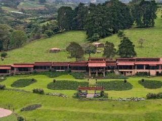 Opulent Hacienda Santa Ines with massage room, gym & equestrian center - Cartago vacation rentals