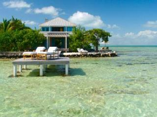 Exquisite Casa Estrella - 2-storey villa on private island with resort access & meals included - Belize Cayes vacation rentals