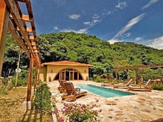 Villa Diecinueve boasts lush greenery & wildlife with pool and ensuite - Guanacaste vacation rentals