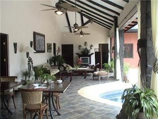 3 bedroom House with Internet Access in Dominical - Dominical vacation rentals
