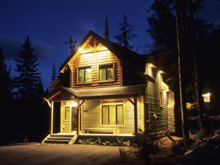 Huckleberry Cottage on Kicking Horse Mountain - Golden vacation rentals